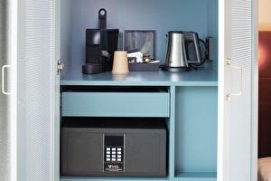 Superior Room Coffee & Tea
